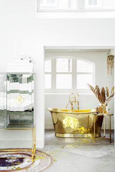 Bathroom | Gold bath | Midus touch | White | Freestanding bath | Modern | Livingetc