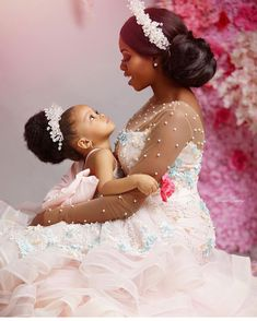 Mother Daughter Fashion, Mom Daughter, Beautiful Children, Beautiful Babies, Mommy Daughter Photography, Backyard Wedding Dresses, Mommy And Me Photo Shoot, African American Brides, Black Baby Girls