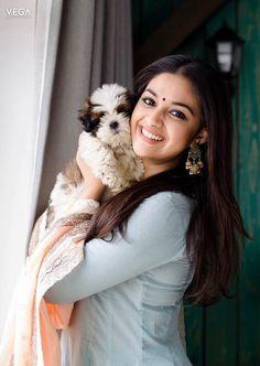 Beautiful Girl Indian, Most Beautiful Indian Actress, Beautiful Actresses, South Actress, South Indian Actress, Beauty Full Girl, Beauty Women, Girl Pictures, Girl Photos