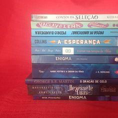 9f36cb041 Cores da minha estante: Azul. . . . . #aconstantinobrandao #livros #azul  #books