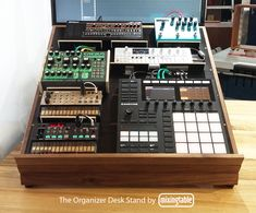 The Organizer Gear Stand Home Studio Desk, Music Studio Room, Studio Table, Simple Workbench Plans, Whole Home Audio, Recording Studio Home, Music Machine, Studio Gear, Audio Room