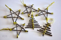 Twigs Christmas Ornaments |Easy DIY Christmas Decorations | Make Simple Christmas Decor , see more at: https://diyprojects.com/easy-diy-christmas-decorations-make-simple-christmas-decor/