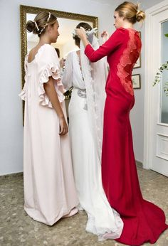 Wedding dresses and bridesmaids unique and classic fashion