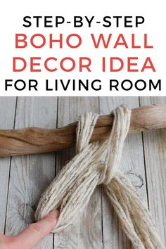 Do you love bohemian decor? Then you'll love this cheap wall decoration idea for your bedroom or living room. This easy DIY craft is easy and budget friendly with things you can pick up from your local dollar tree or hobby store. Décor Boho, Boho Diy, Bohemian Decor, Boho Style, Easy Diy Room Decor, Room Wall Decor, Macrame Projects, Diy Craft Projects, Hanging Herbs