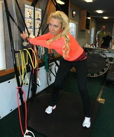 Natalie Gulbis demonstrates her workout Golf Training, Training Tips, Natalie Gulbis, Golf Channel, Golf Exercises, Just A Game, Golf Fashion, Play Golf, Golf Outfit