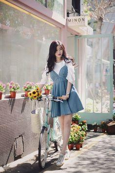 35 Trendy fashion korean kpop ulzzang chic dress - New Site Fashion Mode, Cute Fashion, Daily Fashion, Trendy Fashion, Girl Fashion, Fashion Looks, Fashion Outfits, Fashion Design, Feminine Fashion