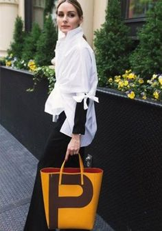 Olivia Palermo with Carolina Herrera Editor Bag | THE OLIVIA PALERMO LOOKBOOK