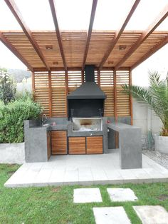 Like the ceiling except without the prongs. Just the pattern of the wood as a roof or pergola. Like the ceiling except without the prongs. Just the pattern of the wood as a roof or pergola. Diy Playground, Diy Pergola, Modern Pergola, Outdoor Pergola, Modern Patio, Pergola Shade, Modern Rustic, Backyard Shade, Outdoor Shade