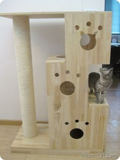 DIY cat tree - what if it contained a space for the litter box in bottom tier, had edge to hold coffee cup/end table, etc?