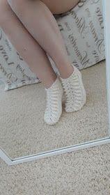 Yhdessä itse tehden: Hääsukat Tunisian Crochet, Knit Crochet, Cool Socks, Leg Warmers, Diy And Crafts, Snapchat, Slippers, Knitting, Socks