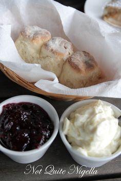 Mountain Style, Blue Mountain, Spoil Yourself, Apple Pie Recipes, Vanilla Ice Cream, Family Meals, Restaurant, Tea, Dining
