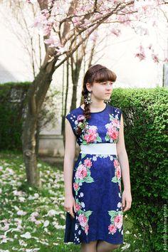Купить Платье трикотажное синее с розами - темно-синий, цветочный, розы, платье в русском стиле