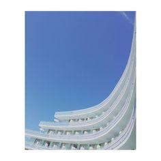 #tenerife #tenerifesur #arona #canarias #spain #hotel #mediterraneanpalace #architecture #arquitectura #terrazas #terraces #blue #azul #sky #convencion #igs #igers #igdaily #igworld #igersspain #igerstenerife #photoftheday #picoftheday