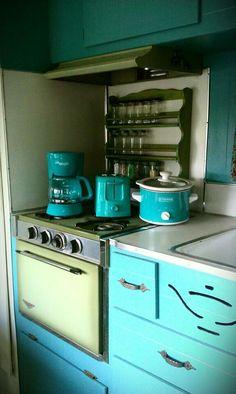 Vintage retro camper kitchen, teal, turquoise, avocado. 1967 Aladdin