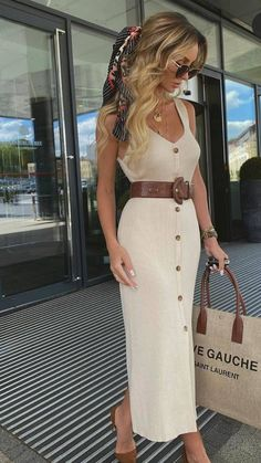 Elegant Summer Outfits, Classy Outfits, Chic Outfits, Spring Outfits, Fashion Outfits, Short Outfits, Womens Fashion, Fashion Trends, Elegantes Outfit