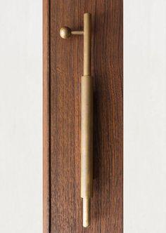 Interior Design Boards, Contemporary Interior Design, Interior Door, Interior Ideas, Wooden Handles, Door Handles, Door Knob, Parisian Style Bedrooms, Joinery Details