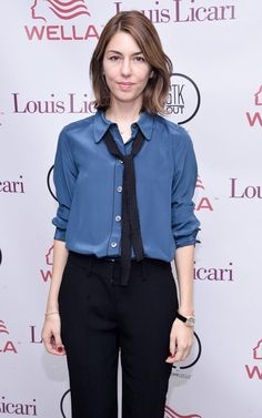 If you're not sure about spending on a pussy bow blouse, add a thin scarf around your collar instead! My Unique Style, My Style, Tomboy Chic, Sofia Coppola, Bow Blouse, Fashion Advice, Everyday Fashion, Dress Ideas, Outfit Ideas