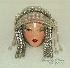 Arturo E.Reyna LADY FACE HEAD PEARLS RHINESTONE HandPainted Porcelain Pin Velvet Hat, Woman Face, Lady Face, Porcelain Ceramics, Fine Porcelain, Kintsugi, Head Pins, Doll Head, Fashion Art