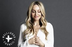 New York Times best-selling author and motivational speaker Gabrielle Bernstein shares her tips for becoming a Super Attractor for your desires. Gabrielle Bernstein, Mental Health Problems, Photoshoot Inspiration, Body Image, Role Models, How To Become, Wellness, Personal Branding, Beauty