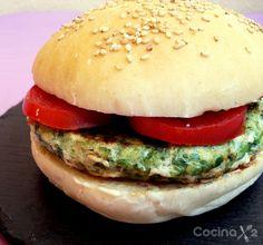 Esta semana @entulínea quiere darte #ideas para aligerar tus #platos preferidos!  ¿Un ejemplo? A nosotros nos pierde una #hamburguesa... Por eso siempre intentamos hacerlas poniendo mitad de #carne y mitad de #verdura. En este caso hemos combinado la carne con #espinacas pero puedes hacerlo con #pimientos o mezclando #zanahoria y #cebolla picadita. Quedan deliciosas! #entulinea #adelgazar disfrutando sin sufrir con #salud y #feliz
