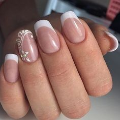 What Christmas manicure to choose for a festive mood - My Nails French Manicure Gel Nails, French Tip Nails, Manicure And Pedicure, Cute Nails, Pretty Nails, Hair And Nails, My Nails, Bridal Nail Art, French Nail Art