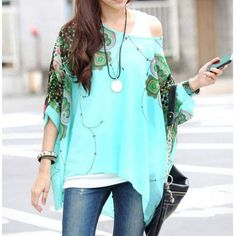 Scoop Neck Batwing Sleeve Printed Loose-Fitting Chiffon Blouse