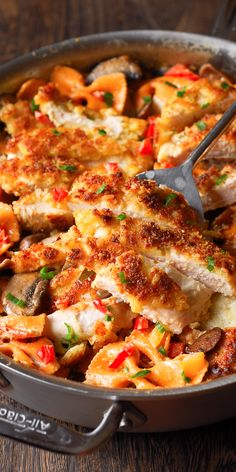 Louisiana Chicken Pasta is a recipe for one of the Cheesecake Factory's most popular Cajun Chicken P Turkey Recipes, Meat Recipes, Chicken Recipes, Dinner Recipes, Cooking Recipes, Bow Pasta Recipes, Meatloaf Recipes, Shrimp Recipes, Salmon Recipes