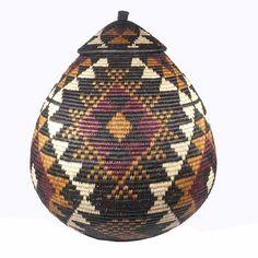 A beautiful fair trade Zulu basket from South Africa. This is a very traditional wedding pattern. Zulu Language, Burke Museum, European American, Diamond Pattern, Traditional Wedding, Christmas Bulbs, Weaving, Artisan, Baskets