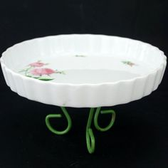 Vintage Fluted Quiche Dish with Pink Roses and Tripod Base by Christin – ThirdShiftVintage.com #vintageeaster