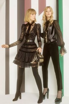 See all the Collection photos from Elie Saab Autumn/Winter 2017 Pre-Fall now on British Vogue Fall Fashion Trends, Fashion Week, Fashion 2017, Runway Fashion, High Fashion, Autumn Fashion, Vogue Paris, Style Haute Couture, Elie Saab Fall