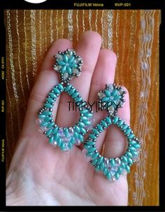 Revamping old jewelry with etching Beaded Earrings Patterns, Beading Patterns Free, Beaded Jewelry Designs, Seed Bead Jewelry, Old Jewelry, Seed Bead Earrings, Diy Earrings, Super Duo Beads, Twin Beads