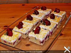 Kirsch - Eierlikör - Blechkuchen mit Schmand - Sahne, ein sehr schönes Rezept aus der Kategorie Kuchen. Bewertungen: 213. Durchschnitt: Ø 4,7.