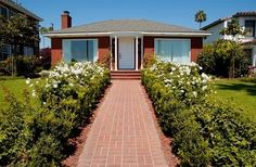 Landscaping ideas for a ranch-style house