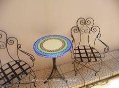 Resultado de imagem para mosaicos em mesas