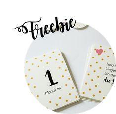DIY Baby Meilenstein Karten selber machen: Mit dieser Freebie Bastelvorlage ganz individuelle Baby Milestone Cards zur Schwangerschaft oder Geburt basteln - Partystories Blog