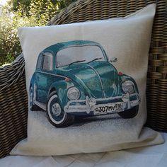 Coussin  carré vintage,la housse et son coussin, coccinelle, décoration,toile de coton imprimé coccinelle,toile de lin beige,salon,canapé