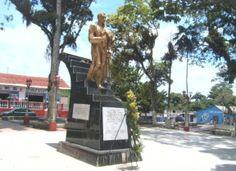 Simón Bolívar, Plaza Bolívar, El Palmar, Venezuela, Photo/Capino