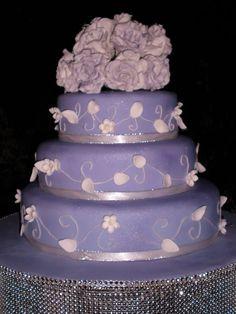 Lilac Rose Wedding Cake www.madamebridal.com
