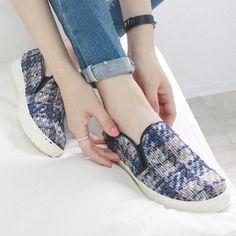 대표이미지 Slip On, Sneakers, Bags, Shoes, Fashion, Tennis, Handbags, Moda, Slippers