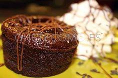 Coulant de chocolate con nata | Restaurante parrillada El Roble en A Coruña