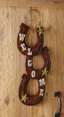 Western Horseshoe Welcome Hanging Sign Decoration