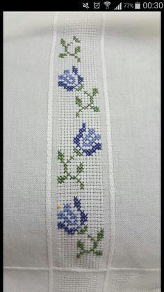 Butterfly Cross Stitch, Cross Stitch Flowers, Cross Stitch Patterns, Cross Stitch Embroidery, Hand Embroidery, Felt Christmas Ornaments, Techno, Needlework, Diy Crafts