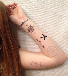 petits-tatouages-voyage-boussole-carte-du-monde-rose-des-vents-simple-minimaliste