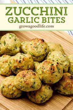 Zucchini Balls Recipe, Zuchinni Recipes, Vegetable Recipes, Vegetarian Recipes, Healthy Recipes, Zucchini Cheese Bites, Parmesan Zucchini Bites, Shredded Zucchini Recipes, Veggie Side Dishes