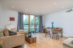 Holiday Apartment with 1 Bedroom in London, United Kingdom | HolidayPorch