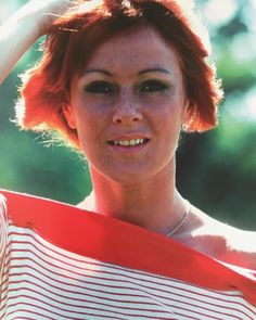 """Lovely pic of Frida """"ABBA The Movie"""" Additional filming in Stockholm - late summer 1977 Narvik, Frida Abba, Late Summer, Greatest Hits, Pop Group, Stockholm, Role Models, Picture Video, Most Beautiful"""