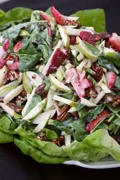 This spinach salad recipe is ideal for a light lunch or even an appetizer. You could also serve it alongside a piece of salmon or cod because it would be a wonderful side dish. The fruit and nuts go perfectly with the salad base and the dressing is tangy and flavorful. Many spinach salad recipes call for a tangy sauce because spinach is slightly sharp and the flavors combine well.