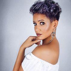 ✖️Curly messy hair - don't care😎 How do you like it?🙊 I wish you all a fabulous weekend! What are your plans for this weekend? I already know that I will sleep a lot😂😴 Don't know what else to do😅 ✖Na wie findet ihr diese Frisur?🙊 Ich wünsche euch allen ein fantastisches Wochenende! Was sind denn eure Pläne? Ich weiß jetzt schon, dass ich sehr viel schlafen werde😂😴 Was will man bei dem Wetter auch sonst machen😅 #me #selfie #hair #selfietime #beautiful #beauty #hairstyle #purplehair…