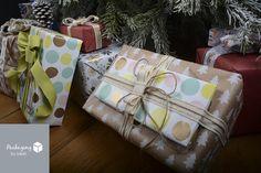 Embellissez vos paquets cadeaux avec de jolis rubans textiles assortis. 2 ou 3 amusez-vous à les assembler. Vos supprimes seront du plus bel effet!