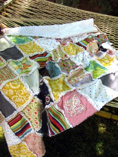 Another Baby Clothes Quilt idea